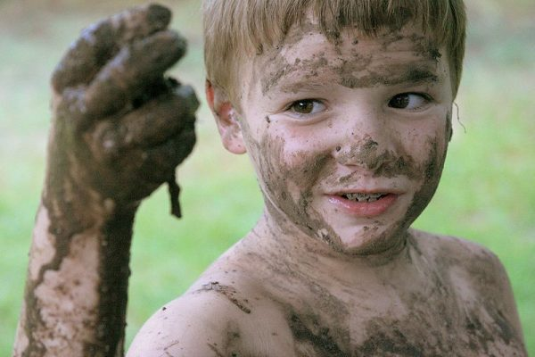 Mud on your face! Clay for skincare
