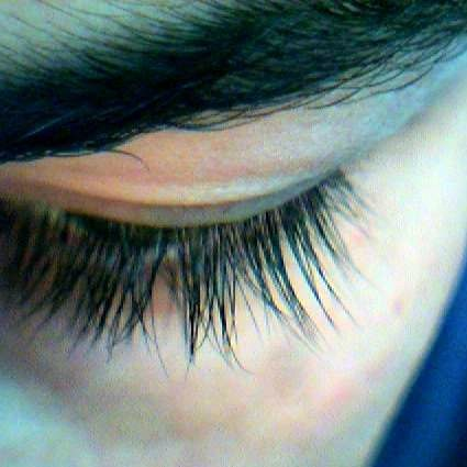 How does Latisse (bimatoprost) make eyelashes grow longer?