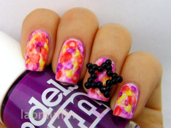Artsy Wednesday with tutorial (gasp!): Neon watercolour manicure