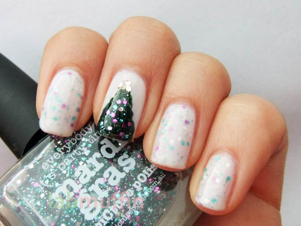 Christmas tree jelly sandwich nail art