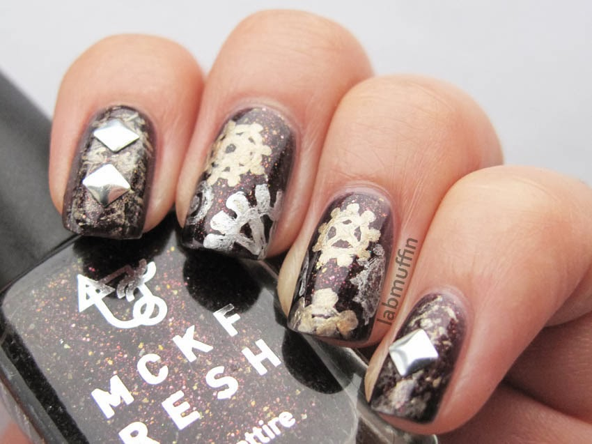 Metallic-Steampunk-nail-art