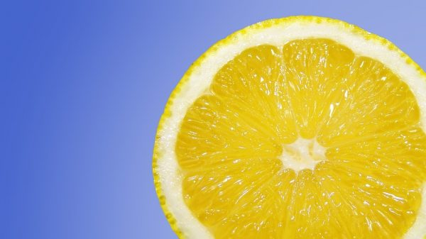 Why Vitamin C Can Stain Your Skin (and How to Avoid It!)