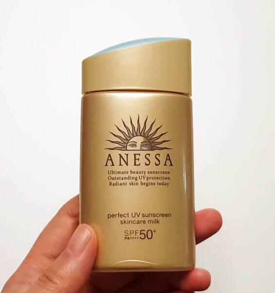 anessa-perfect-skincare-milk