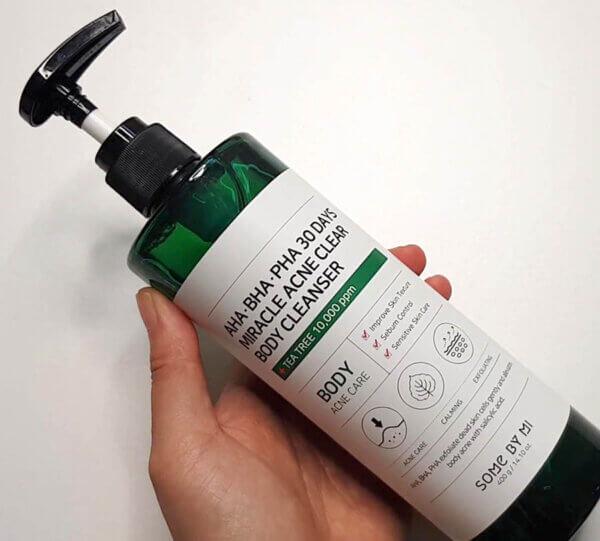 some-by-mi-aha-pha-acne-cleanser